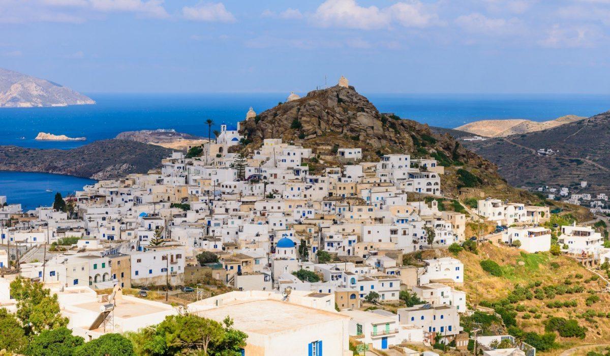 Chora town, Ios island, Cyclades, Greece. - Imagen shutterstock_346259042